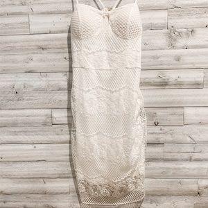 ✨ NWT! GUESS Keyhole lace dress | Size 14